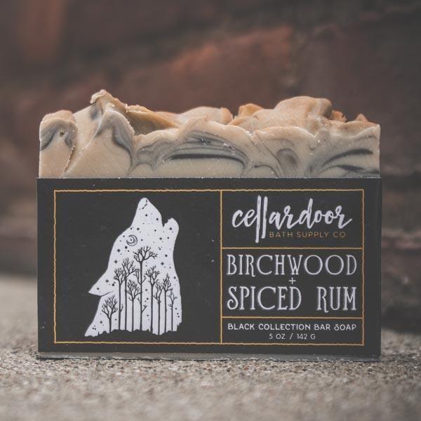 Cellardoor Bath Supply Co. Birchwood + Spiced Rum Bar Soap - Seifenstück 142g